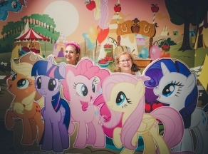 My Little Pony v Hamleys