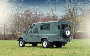 LAND ROVER DEFENDER SATBIR